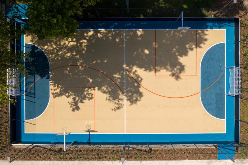 Grundfoci és streetball pálya